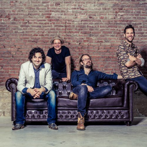 BORDERMUSIC             mit  Eva Almagore & Band (NL)  &  Living Room Heroes (NL)